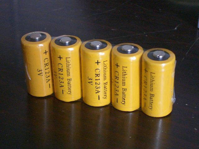 Primary CR123A 3.0V Rechargeable Li-mno2 Battery 1500mAh Non-toxic